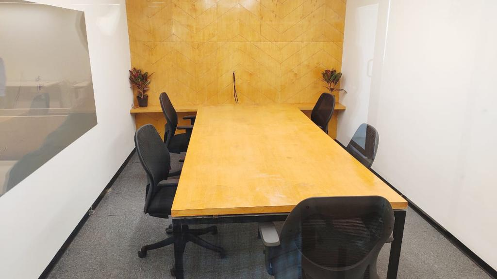 GoSpace 2717 4 Seater Meeting Room | Whitefield