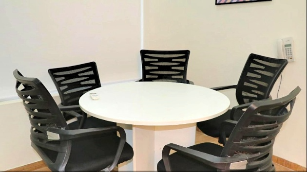 GoSpace 4141 5 Seater - Meeting Room