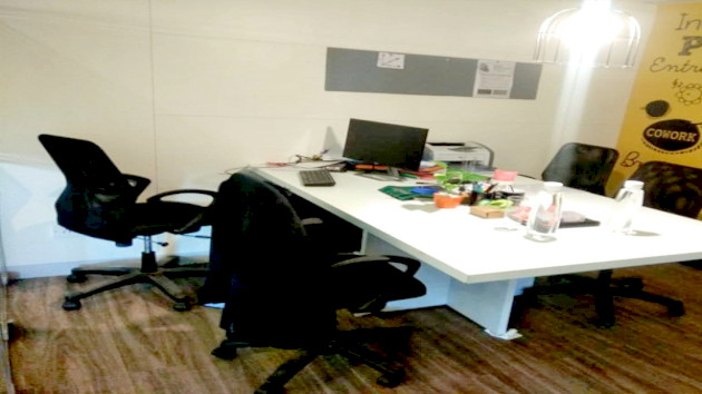 GoSpace 4065 6 Seater Meeting Room | AJC Bose Road