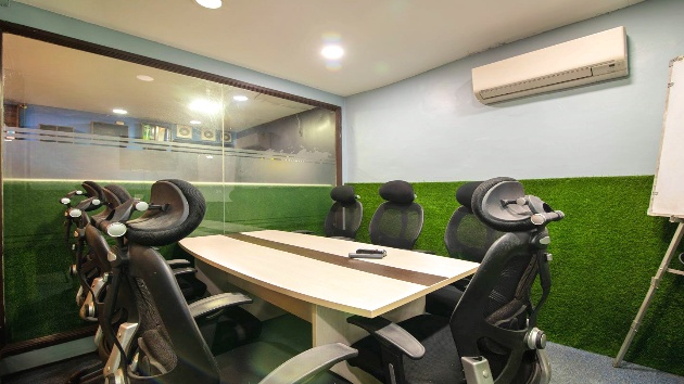 GoSpace 7204 6 Seater - Meeting Room