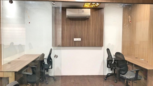 GoOffice 2480 6 Seater Private Cabin