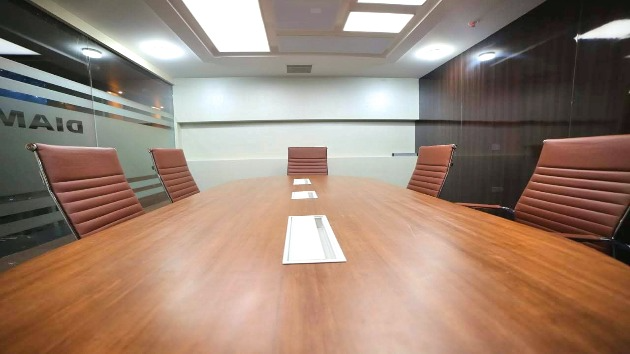 GoSpace 1298 8 Seater - Conference Room
