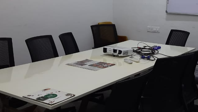GoSpace 8127 8 Seater Conference Room | Indirapuram