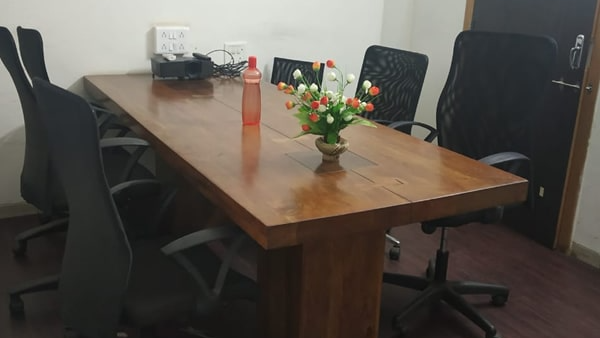 GoSpace 5122 8 Seater Meeting Room | Baner