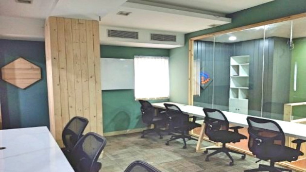 GoOffice 2528 9 Seater Private Cabin