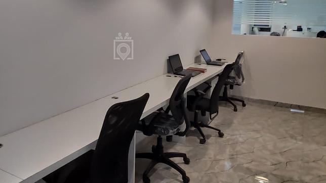 GoOffice 5106 Dedicated Desk |  Downtown City Vista