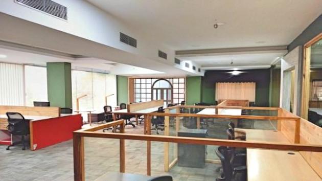 GoOffice 2526 Open Desks