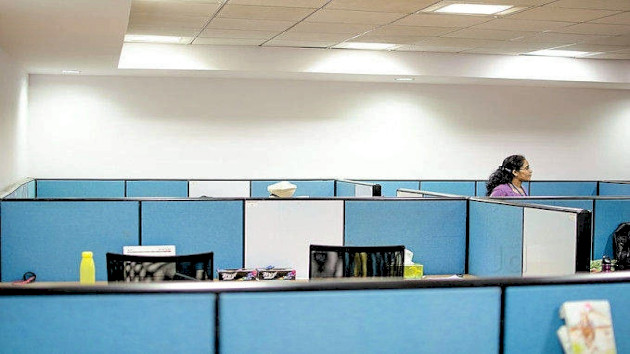 GoOffice 2547 Open Desks