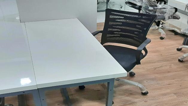 GoOffice 6145 Open Desks