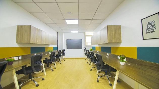 GoOffice 8205 Open Desks