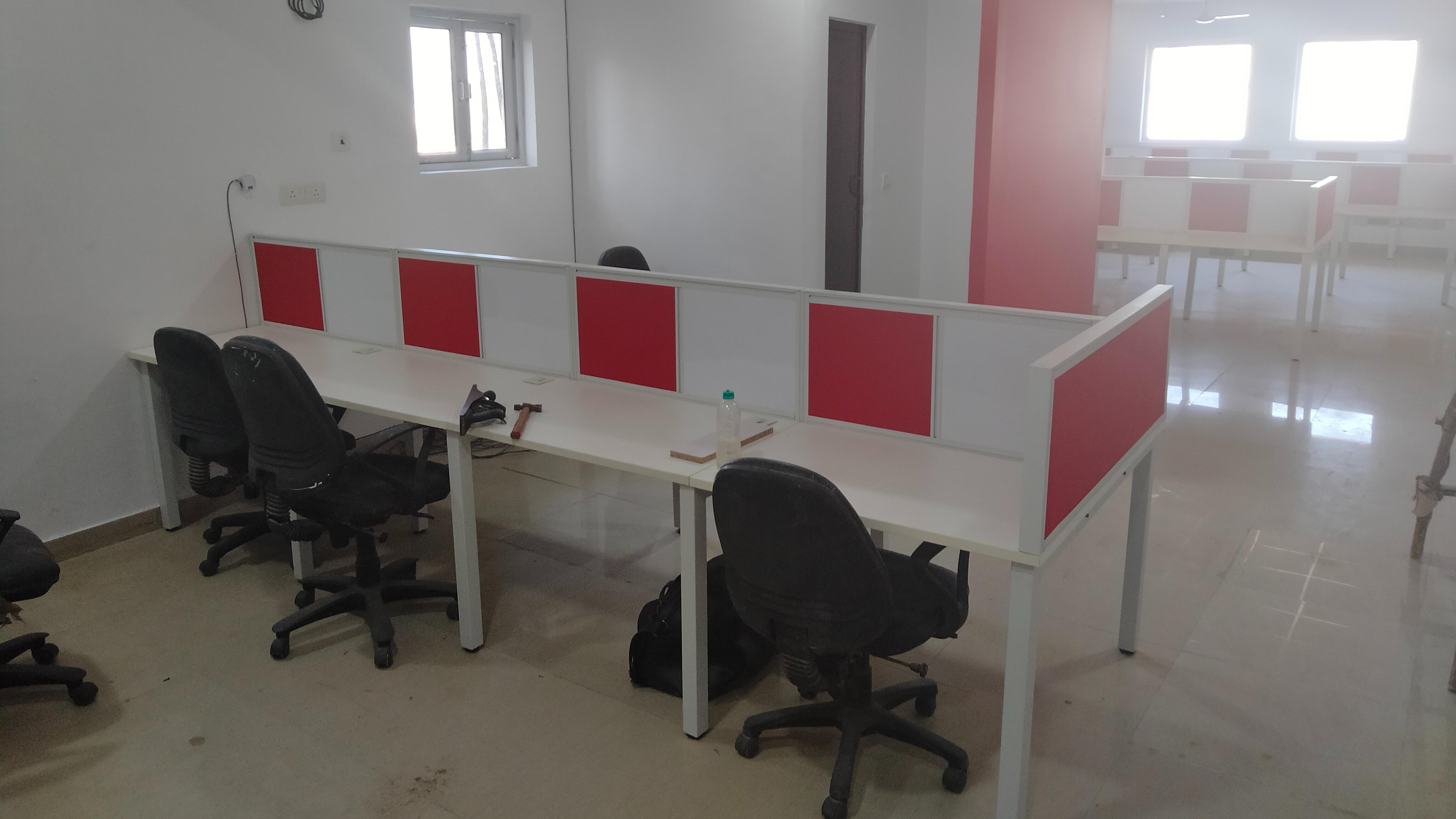 GoOffice 8197 Open Desks | Sector 10