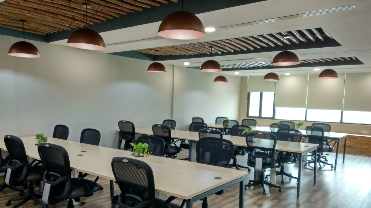 GoOffice 8132 Dedicated Desk | Ourspace - Gurugram